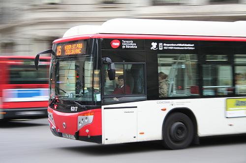 number-15-bus-transport-system-barcelona